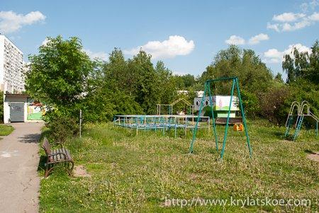 ФОТОРЕПОРТАЖ: Благоустройство дворовых территорий по адресу Крылатские холмы, д.30, к.5