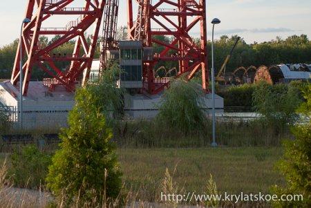 ФОТОРЕПОРТАЖ: ЗАГС на Живописном мосту